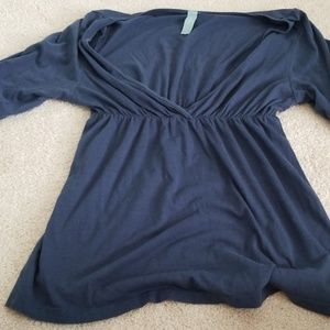 Blue blouse with short sleeves